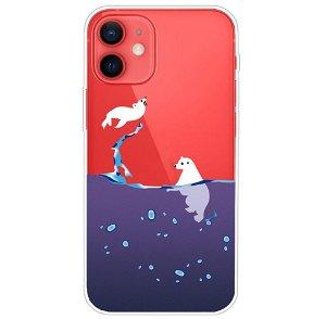 iPhone 13 Fleksibel Plastik Bagside Cover - Isbjørn og Sæl