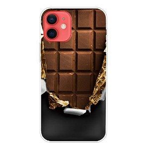 iPhone 13 Fleksibel Plastik Bagside Cover - Chokolade